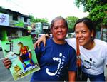 フィリピン『Jeepney』誌の販売者  アティ・メリー