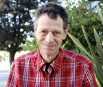 カナダ、『メガフォン』誌販売者 フレッド・ウィリントン